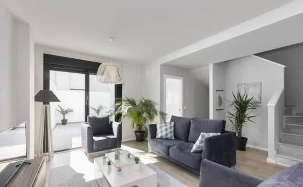 A estrenar, espaciosa, con piscina y muy cerca de Granada, te presentamos tu nueva casa
